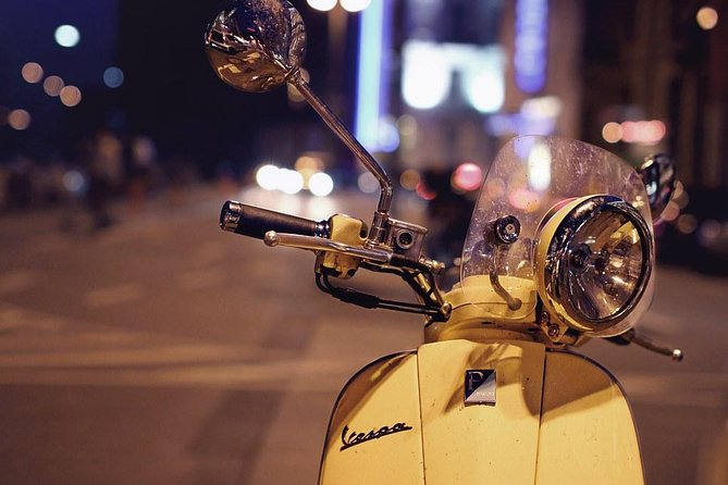 Vespa tour in Florence + included 2Hours rental in addition