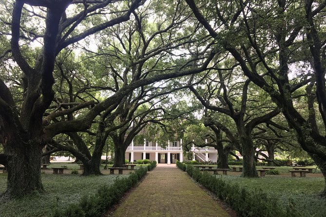 Whitney Plantation Private Tour With Round-Trip Transportation
