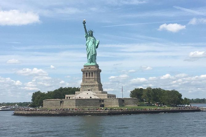 New York Statue of Liberty Sightseeing Cruise