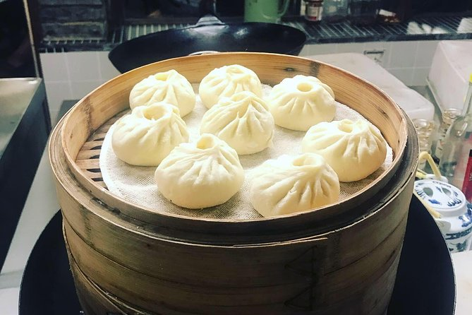 Half-day Xi'an Steamed Buns(Baozi) Cooking Class with Market Visit