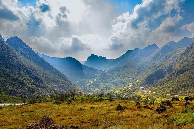 Ha Giang trekking tour with motorbike 4days-3nights