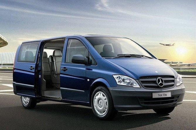 Private Departure Transfer: Kusadasi City Hotels to Bodrum Airport