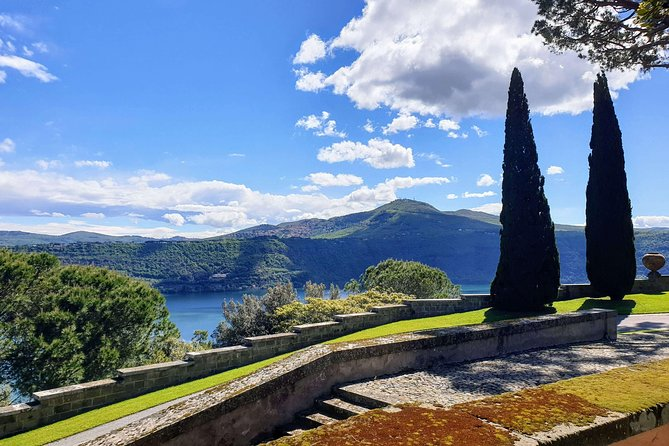 Castel Gandolfo: visit to the gardens and food experience at the pope farm
