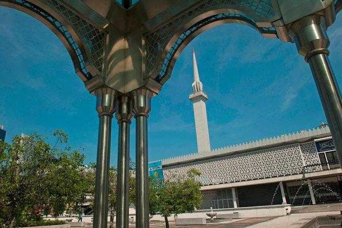Kuala Lumpur Muslim Tours