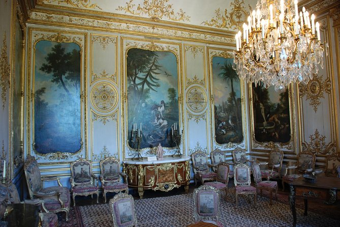CHANTILLY & COMPIEGNE PALACE (lunch in SENLIS ) -from your hotel in PARIS -