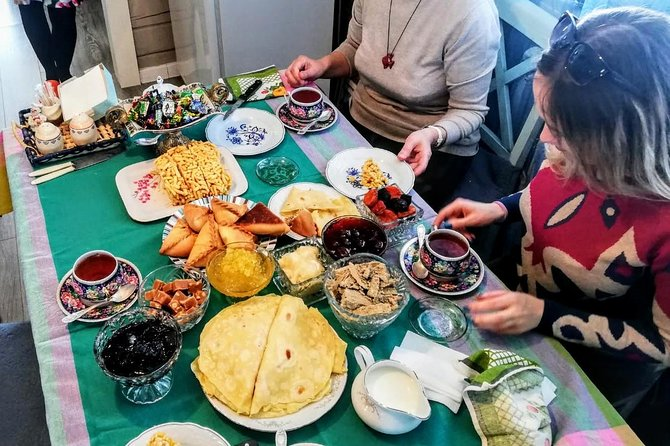 Explore Tatarstan: Cuisine and Customs at locals near Kazan