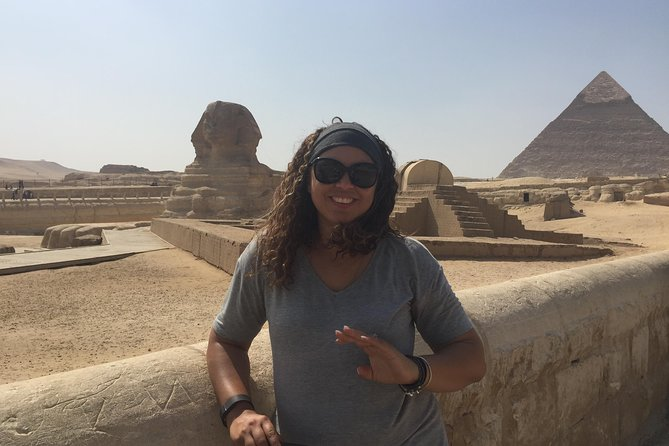 Solo female traveler private tour in Giza and Egyptian museum photo 4