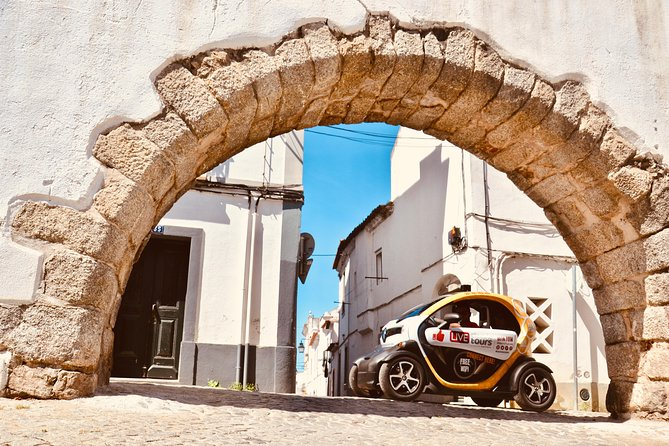 Evora Freedom: Self-Drive Private City Tour in E-Cars