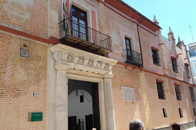 Private visit to Casa de Pilatos and Casa Salinas