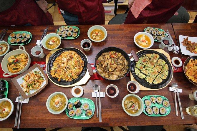 Traditioneller Kochkurs in einem Haus im Koreanischen Stil in Seoul