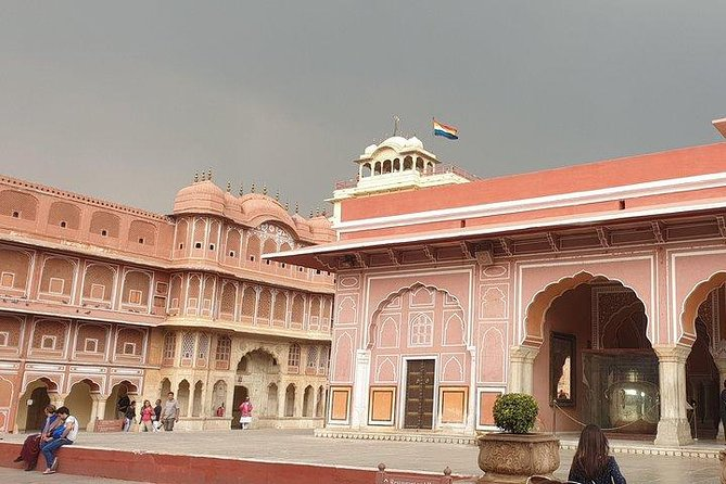 Jaipur: Full Day City Tour with transfers Included