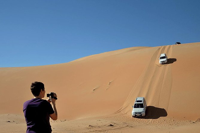Drive 4x4 in highest dunes Rub Al Khali (Empty Quarter) - Liwa Self Drive Tour