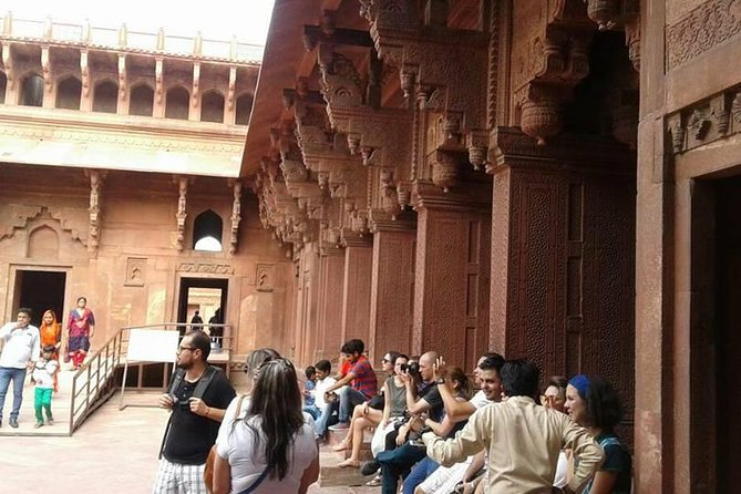 Same Day Comfort Taj Mahal & Red Fort Trip : All Inclusive photo 3