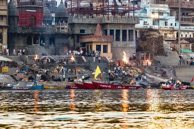 Afternoon tour of Varanasi with Boat ride over Ganges & Dinner on a tuk-tuk photo 3