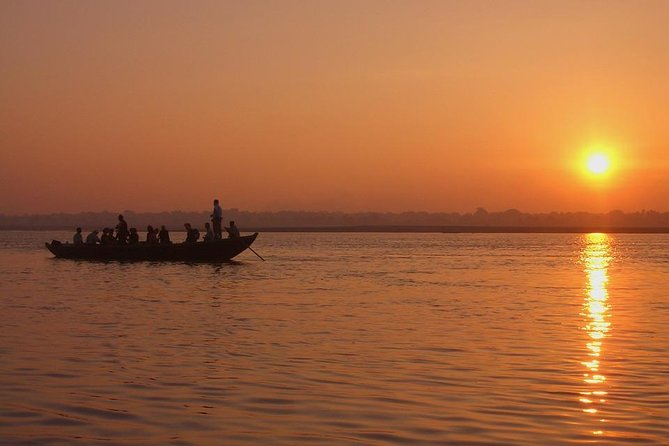 Afternoon tour of Varanasi with Boat ride over Ganges & Dinner on a tuk-tuk photo 11