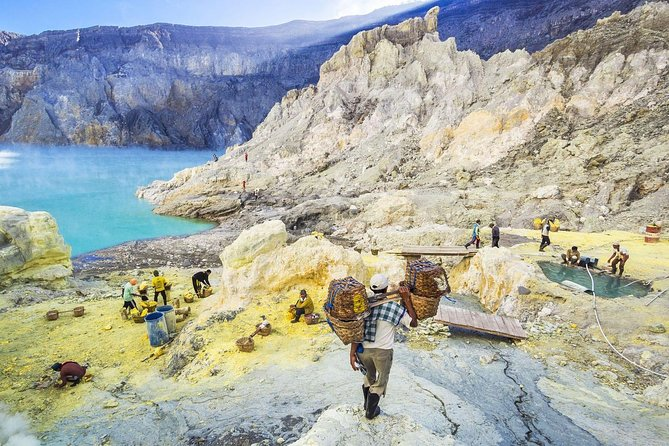 3-Day Trip to Mount Bromo and Ijen Crater from Bali photo 15