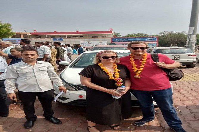 Private Transfer from Agra to Delhi by Car