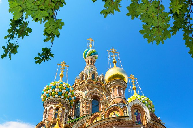 St. Petersburg Visa-Free 2-Day All Highlights Mini-Group Tour