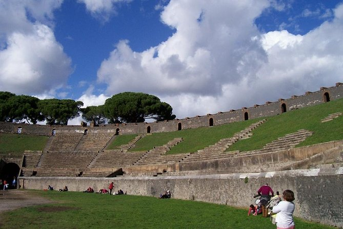 Vesuvius and Pompeii Private Tour: Day Trip from Rome by Car