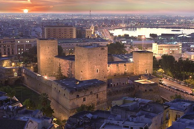 Tour of the fortifications of Bari: the defenses of the city and their history