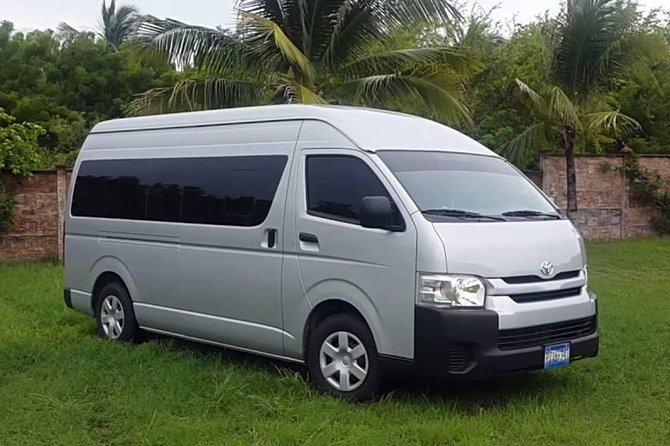 Transfer from Santo Domingo Airport to hotels in Romana Bayahibe and vice versa.