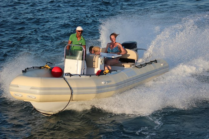 A Great Adventure in Dolphin House 4 Hours By speed boat - Hurghada