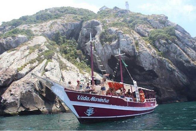 Passeio de Barco - Arraial do Cabo - Escuna Vida Marinha