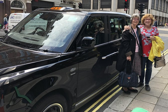 Private London Electric Taxi Highlights Tour with Airport Pick-up photo 8