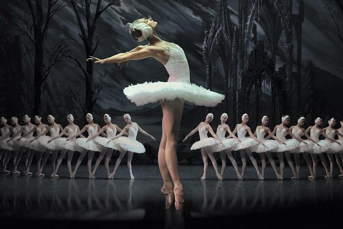 Skip the Line: Swan Lake Ballet Ticket in St Petersburg with Hotel Delivery