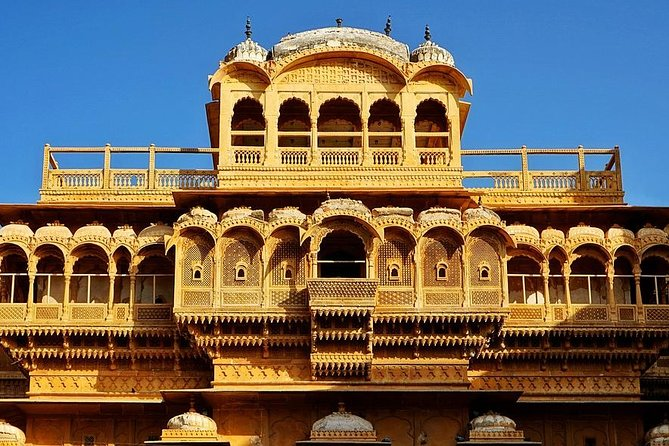 Best of Jaisalmer: Day tour of Fort, havelis and Sunset at Lake