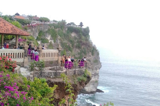 Private Car With Driver : Uluwatu Temple, Beaches And Sunset Dinner