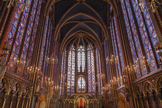 The Heart of Paris: Sainte Chapelle & Surroundings Private Tour