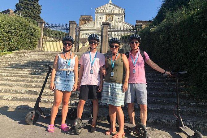 SmarTour Michelangelo Square in eletric monopattino(scooter) 2h more tour leader