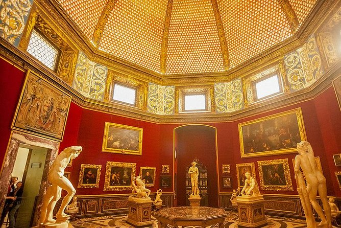 Uffizi Gallery Private Tour with 5 Stars Guide photo 4