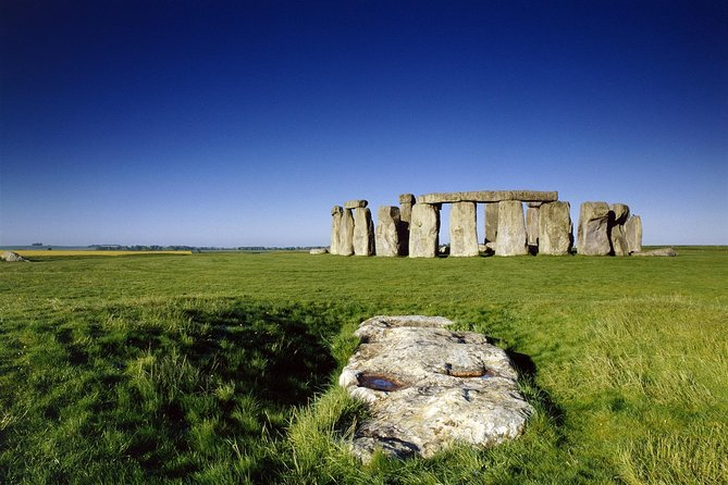 Stonehenge Half Day Tour with Entry and Extra Time