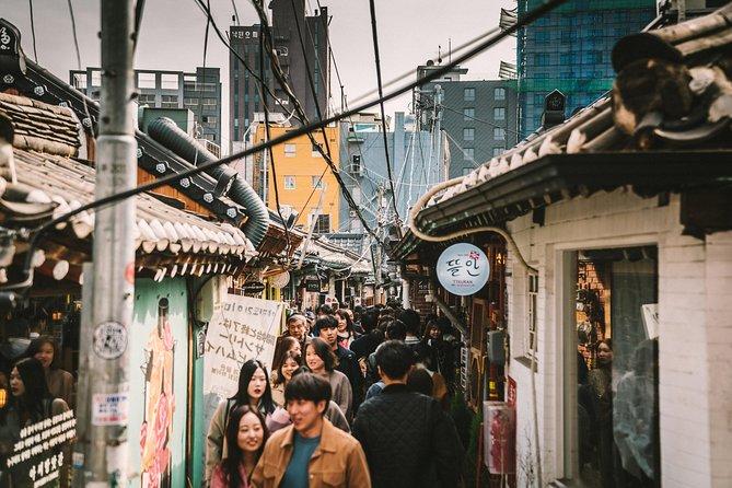 Scopri la vivace cultura del mercato di Seoul