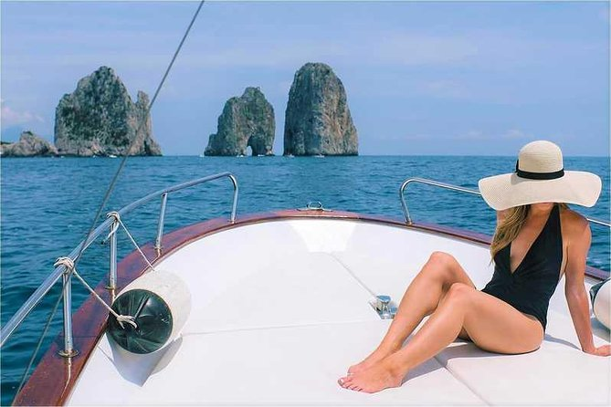 Vaucher to Capri from Naples including hydrofoil and boat tour of the island