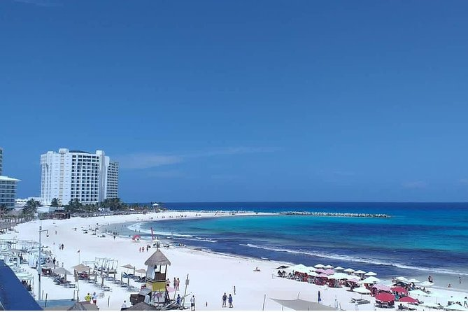 Private Transfer (One Way) Cancun And Hotel Zone (1-8 Passengers)