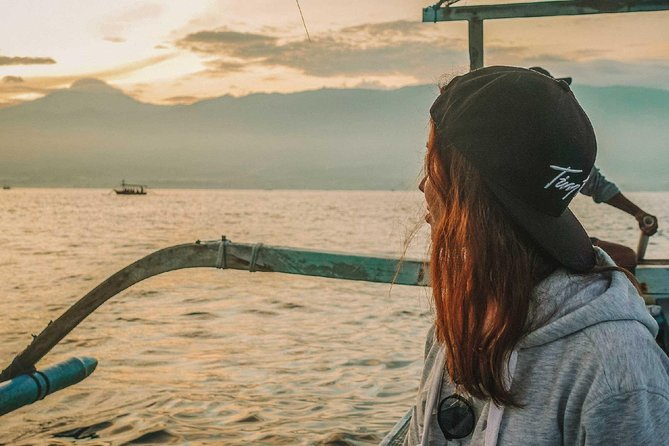 Bali Dolphin Watching & Sunrise at Lovina Beach – Full Day