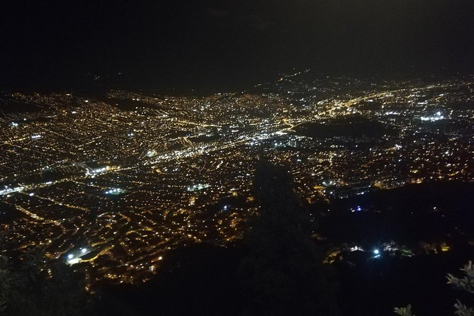 The best view of Medellín at night + beer + typical snacks