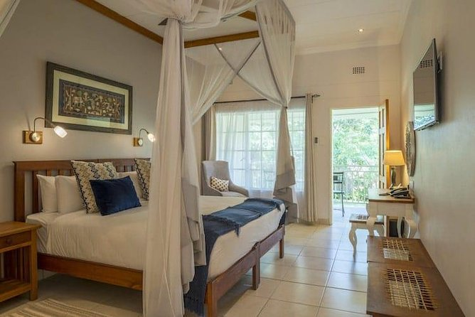2 Nights Batonka Guest Lodge Victoria Falls Package