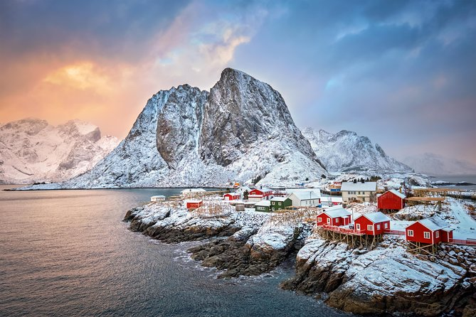 Lofoten Winter Photography Tour to Reine