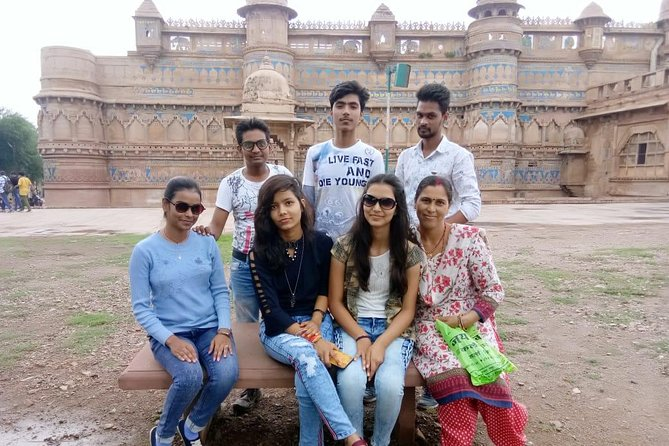 Gwalior City tour with Gwalior fort, Jai Vilas palace & Holy Temples