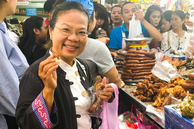 Private Tour: Chiang Mai City & Morning Market Food Tour photo 1