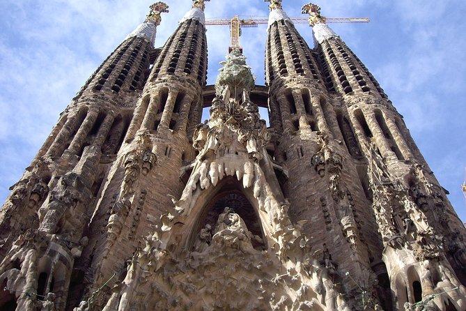 The Gaudí tour with Sagrada Familia and Casa Batlló fast track entrances