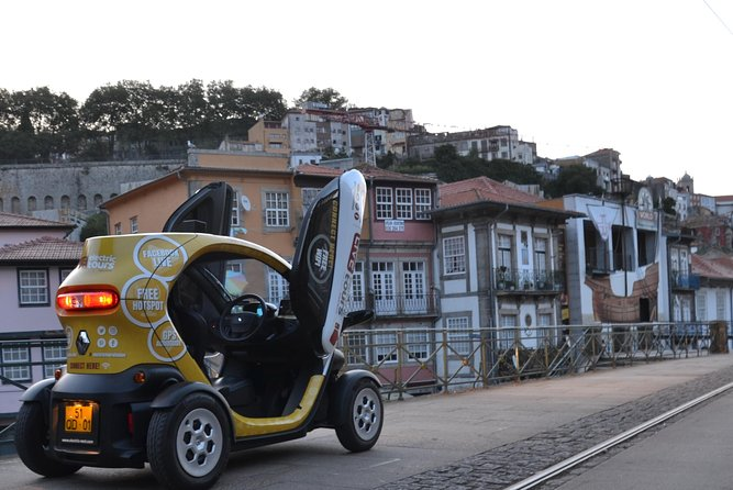 Porto City Center: Self-drive and Private city tour (Delivery Included)