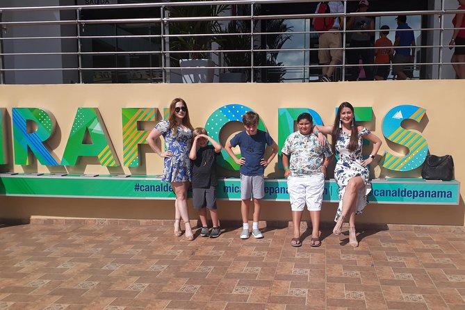 City & Panama Canal tour + Duty free shopping