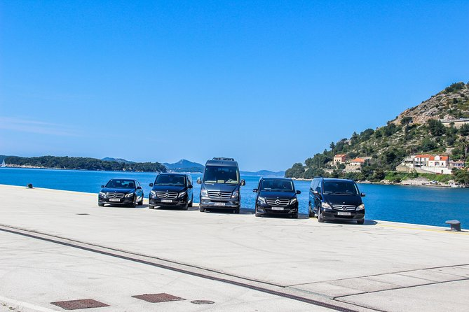 Private Airport Transfer in Dubrovnik - Luxury Car