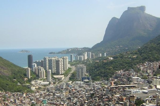 Tour 4 ( 8 hours ) : Sugar Loaf , Botanical Garden , Favela and western beaches photo 2