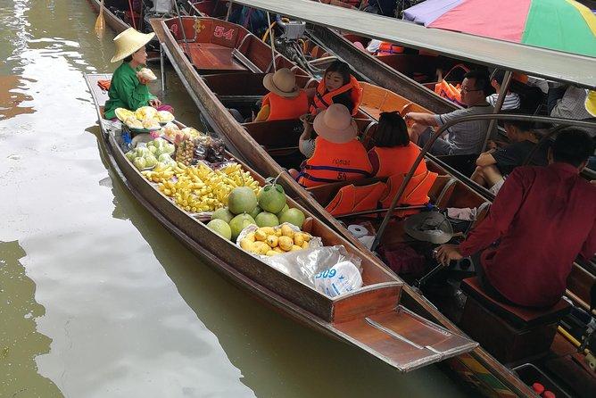 DamnoenSaduak Floating Market & Railway Market Sightseeing